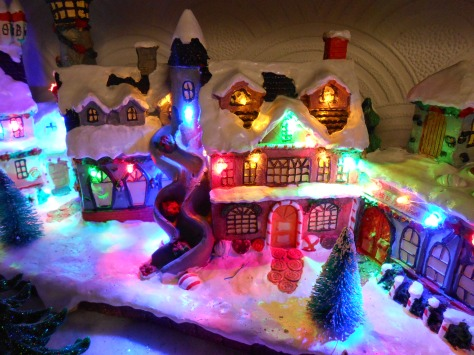 Miniature_Christmas_Village,_Birkenhead_(2)